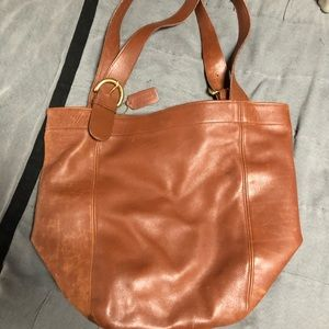 Gorgeous Coach all leather extra large hobo bag